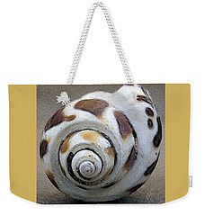 Weekender Tote Bag featuring the photograph Seashells Spectacular No 2 by Ben and Raisa Gertsberg