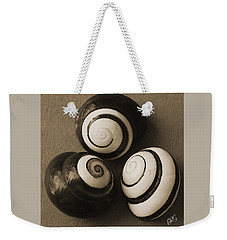 Weekender Tote Bag featuring the photograph Seashells Spectacular No 28 by Ben and Raisa Gertsberg