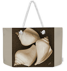 Weekender Tote Bag featuring the photograph Seashells Spectacular No 4 by Ben and Raisa Gertsberg