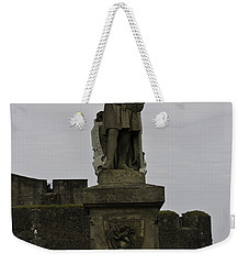 Statue Of Robert The Bruce On The Castle Esplanade At Stirling Castle Weekender Tote Bag
