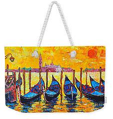 Sunrise In Venice Italy Gondolas And San Giorgio Maggiore Weekender Tote Bag
