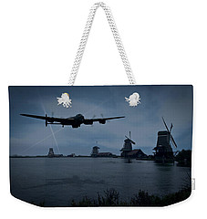 Dambusters Lancaster T For Tommy En Route To The Sorpe Weekender Tote Bag by Gary Eason