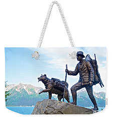 Trail Blazers Sculpture For 2012 Iditarod Beginning At Mile 0 In Seward-ak Weekender Tote Bag
