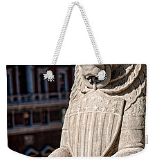 Weekender Tote Bag featuring the photograph Urban King by Kristi Swift