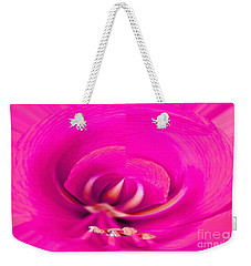 Weekender Tote Bag featuring the photograph Amaryliss Close-up by Les Palenik