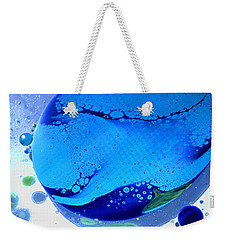 Weekender Tote Bag featuring the photograph Fluidism Aspect 166 Photography by Robert Kernodle