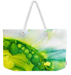 Weekender Tote Bag featuring the photograph Fluidism Aspect 35 Photography by Robert Kernodle