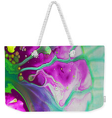 Weekender Tote Bag featuring the photograph Fluidism Aspect 524 Photography by Robert Kernodle