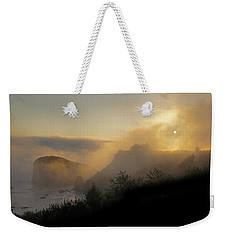 Weekender Tote Bag featuring the photograph Sunset At Harris Beach by Mick Anderson