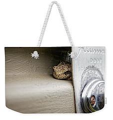 Weekender Tote Bag featuring the photograph Garage Door Tree Frog by Lars Lentz