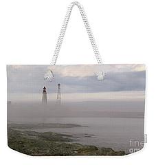 Le Guide. Weekender Tote Bag