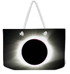 Weekender Tote Bag featuring the photograph Maximum Totality by Randy Scherkenbach