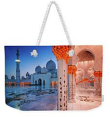 Night View At Sheikh Zayed Grand Mosque, Abu Dhabi, United Arab Emirates Weekender Tote Bag