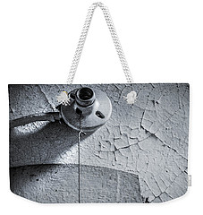 Weekender Tote Bag featuring the photograph No Bulb by KG Thienemann