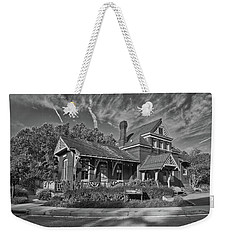 Weekender Tote Bag featuring the photograph Skyesville Train Station by Mark Dodd