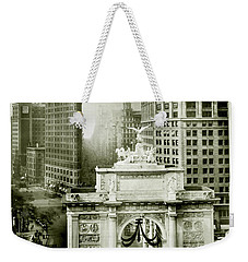 1919 Flatiron Building With The Victory Arch Weekender Tote Bag