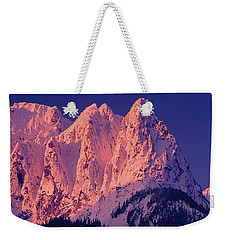 1m4503-a Three Peaks Of Mt. Index At Sunrise Weekender Tote Bag