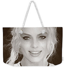 Actress Margot Robbie Weekender Tote Bag