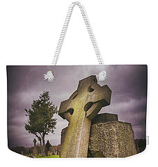 Weekender Tote Bag featuring the photograph A Celtic Cross In Glasgow Scotland by Carol Japp