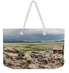 Weekender Tote Bag featuring the photograph Abandoned Homestead by Melany Sarafis