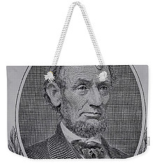 Weekender Tote Bag featuring the photograph Abe On The 5 Gray by Rob Hans