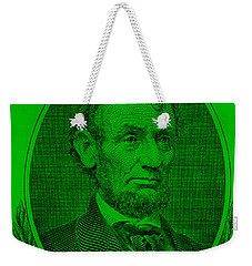 Weekender Tote Bag featuring the photograph Abe On The 5 Green by Rob Hans