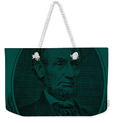 Weekender Tote Bag featuring the photograph Abe On The 5 Greenishblue by Rob Hans