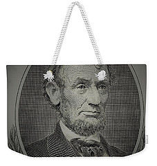 Weekender Tote Bag featuring the photograph Abe On The 5 Grey by Rob Hans