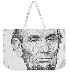 Weekender Tote Bag featuring the photograph Abraham Lincoln by Les Cunliffe