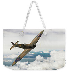 Weekender Tote Bag featuring the photograph Al Deere In Kiwi IIi by Gary Eason