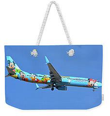 Alaska 737-990 N318as Spirit Of Disneyland Phoenix Sky Harbor November 27 2017 Weekender Tote Bag