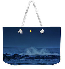 Weekender Tote Bag featuring the photograph Allenhurt Beach by Raymond Salani III