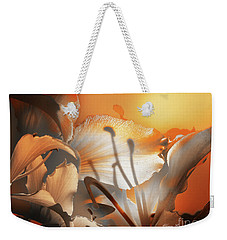 Weekender Tote Bag featuring the photograph Amanecer  by Alfonso Garcia