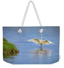 An Egret Spreads Its Wings Weekender Tote Bag by Rick Berk
