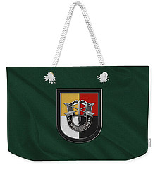 U. S.  Army 3rd Special Forces Group - 3  S F G  Beret Flash Over Green Beret Felt Weekender Tote Bag