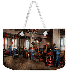 Weekender Tote Bag featuring the photograph Autobody - The Bodyshop 1916 by Mike Savad