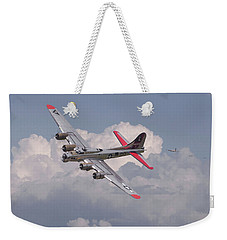 Weekender Tote Bag featuring the photograph B17 - The Last Lap by Pat Speirs
