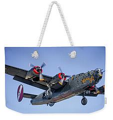B24 Liberator Landing At Livermore Weekender Tote Bag
