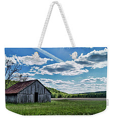 Weekender Tote Bag featuring the photograph Barn On Cedar Creek Bottoms by Cricket Hackmann