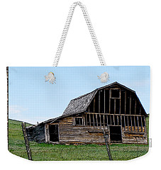 Weekender Tote Bag featuring the photograph Barn by Susan Kinney