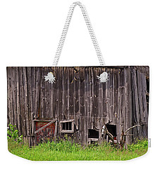 Weekender Tote Bag featuring the photograph Barnside by Lynda Lehmann