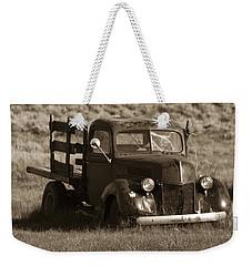 Bodie 11 Weekender Tote Bag