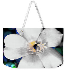 Bright Blue Accents White Vinca Weekender Tote Bag