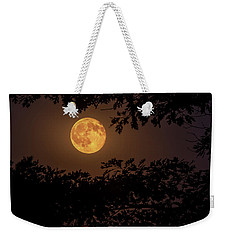 Weekender Tote Bag featuring the photograph Buck Moon 2016 by Everet Regal