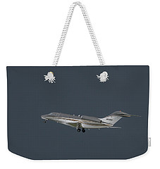 Weekender Tote Bag featuring the photograph Cessna 750 N610cg by Guy Whiteley