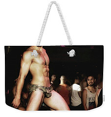 Weekender Tote Bag featuring the photograph Chad Stewart. At A Gogo Boy Appearance by Mr Photojimsf