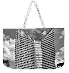 Weekender Tote Bag featuring the photograph Chicago Smurfit-stone Building Black And White by Christopher Arndt