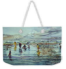 Clamdigging Family Weekender Tote Bag