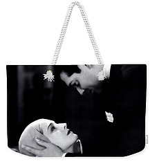Weekender Tote Bag featuring the photograph Clark Gable In A Free Soul by R Muirhead Art