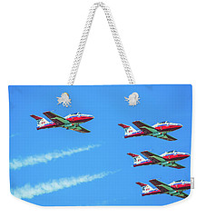 Close-up Of Canadian Snowbirds Over Horseshoe Falls Weekender Tote Bag